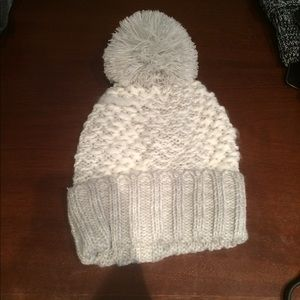 Accessories - Knit Pom Pom beanie